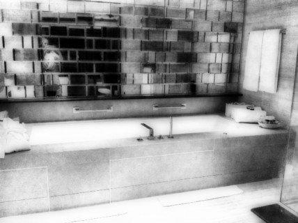 The Stretch Bathtub aka my Office Space