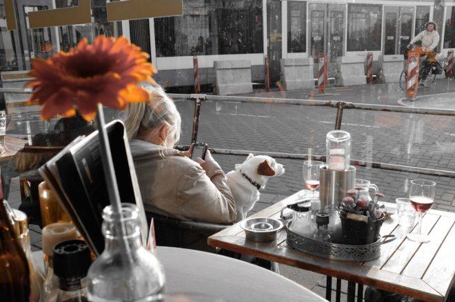 Cafe Life in the kingdom of Orange at Bar Lempicka. Fuji X100