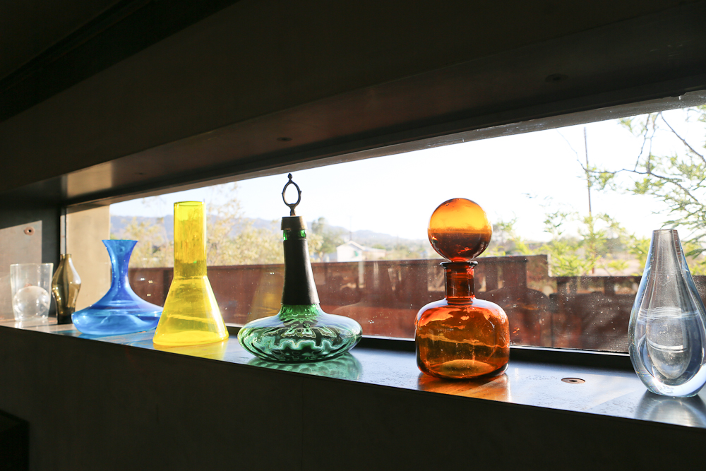Glass bottle details in Suite 5 at the Mojave Sands