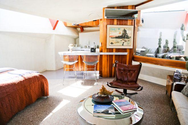 Groovy kitchenette of room at Hotel Lautner