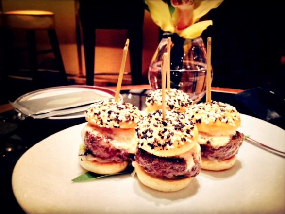 Orchid + Kobe sliders at Amber lounge (add hyperlink) = bar food at it's finest (mobile photography, Hong Kong)